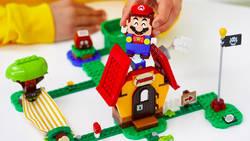 Lego Mario z kolejnymi rozszerzeniami